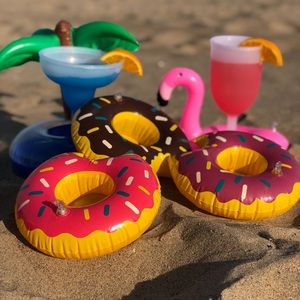 Other - Pool & Beach Drink Floats for the family‼️